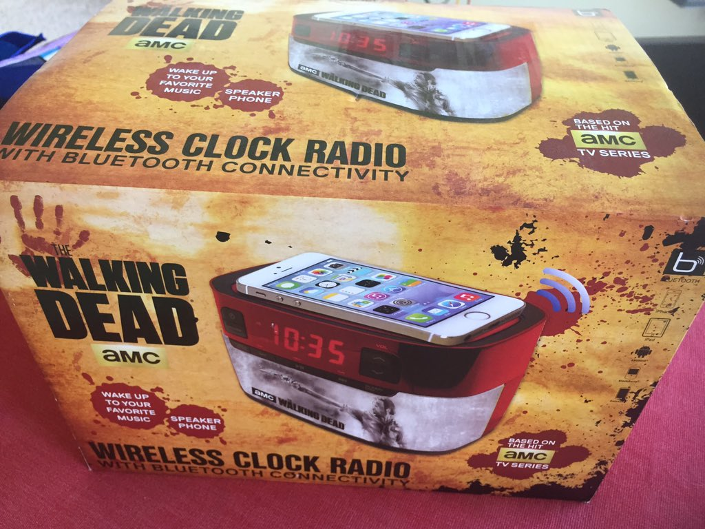 the-walking-dead-radio-relogio-promocao-001