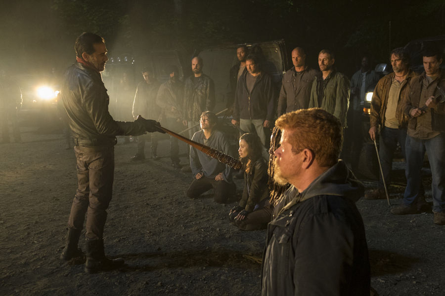 the-walking-dead-s07e01-the-day-will-come-when-you-wont-be-review-001