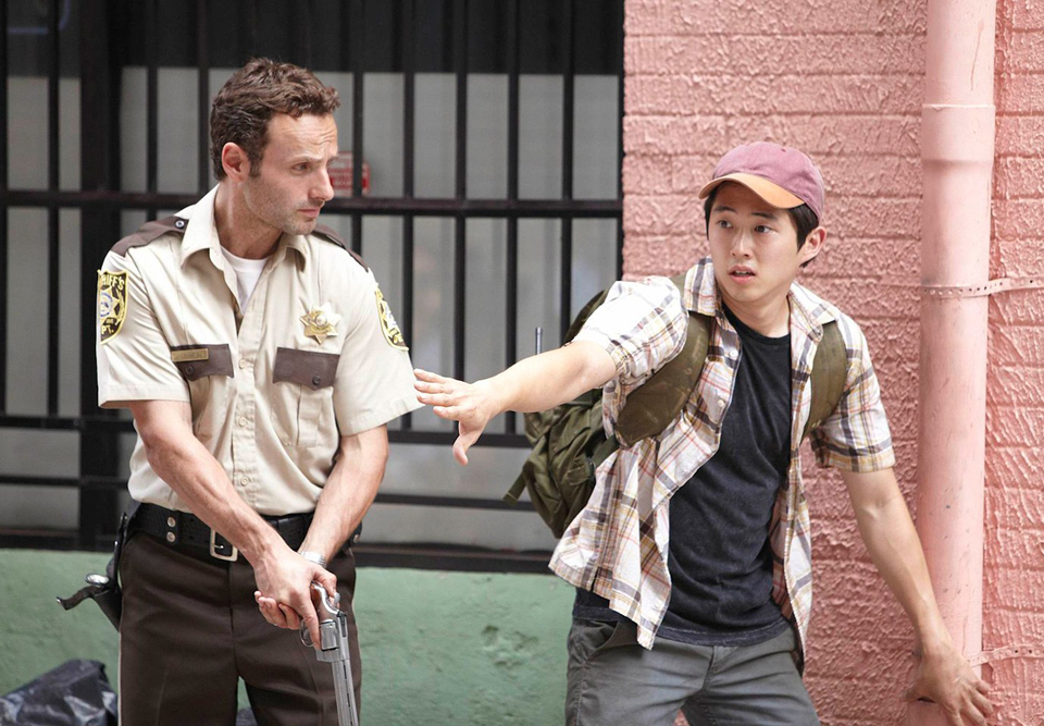 the-walking-dead-steven-yeun-homenagem-002