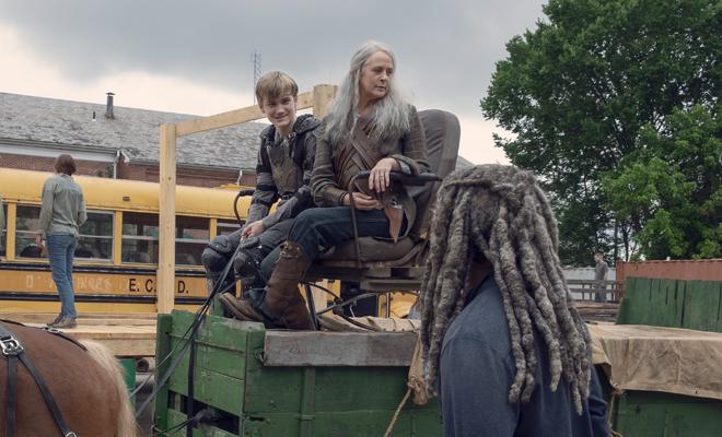 Legolas BADASS Rainha Suprema com seu filho Henry.