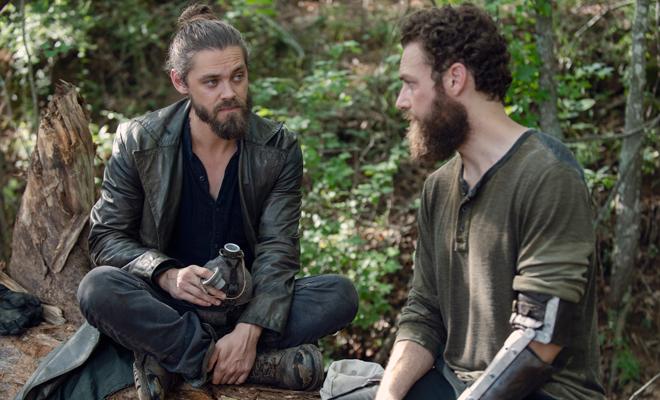 Jesus e Aaron trocando umas ideias