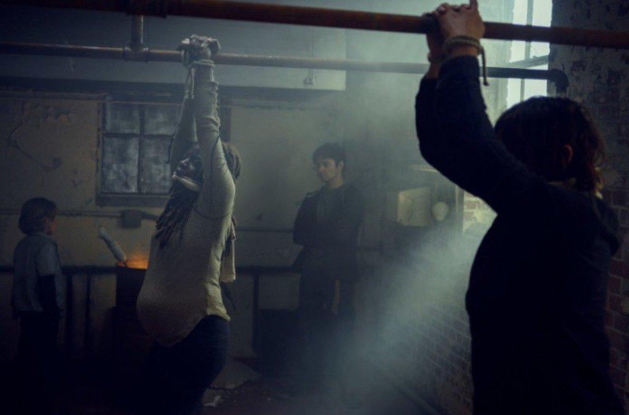 Review Scars: Michonne e Daryl são marcados pelos pequenos inimigos