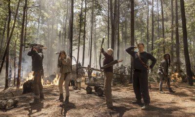sobreviventes de the walking dead armados e prontos para o combate em imagem da 10ª temporada