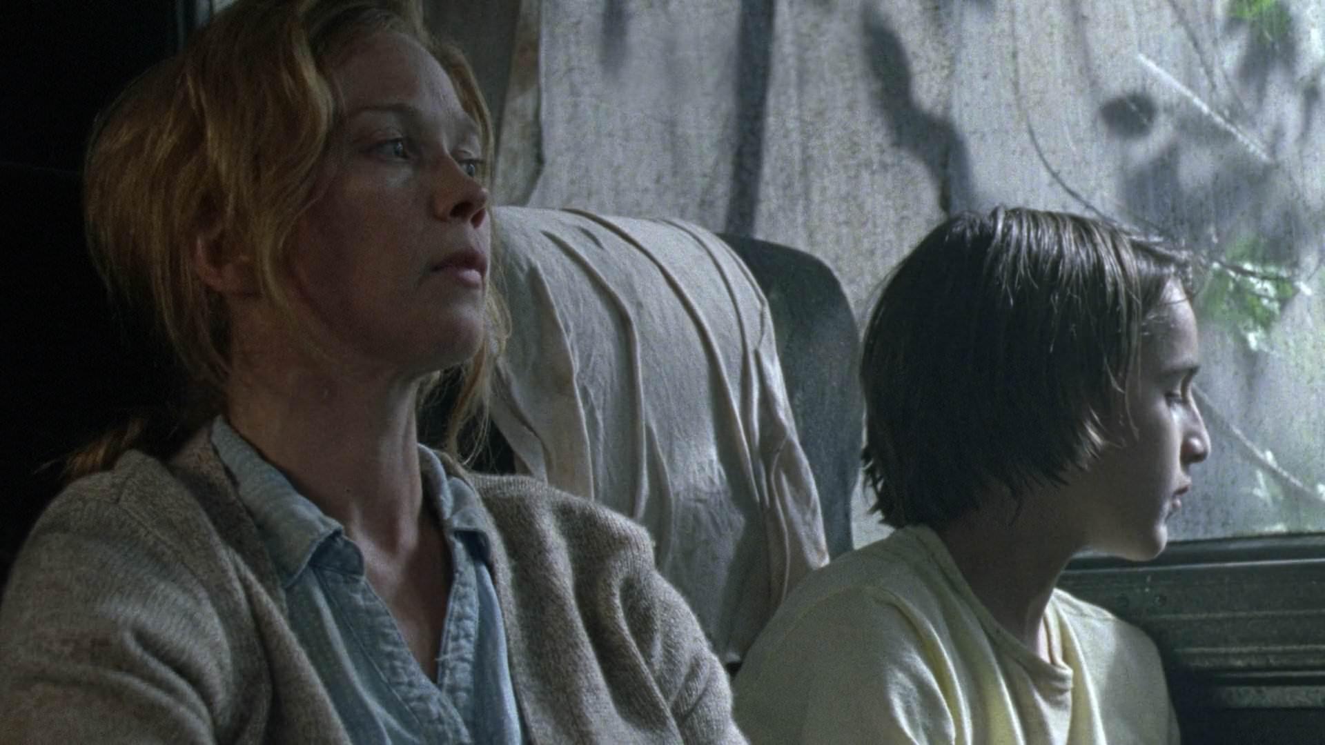 Amelia e Milo em imagem do episódio