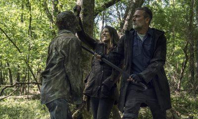 Negan e Maggie matando um walker juntos em imagem da 11ª e última temporada de The Walking Dead