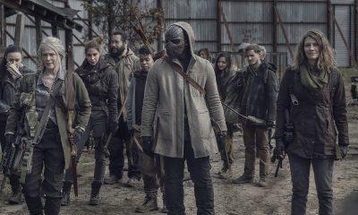 Maggie, Elijah, Carol e outros sobreviventes em Alexandria em imagem da 11ª temporada de The Walking Dead.