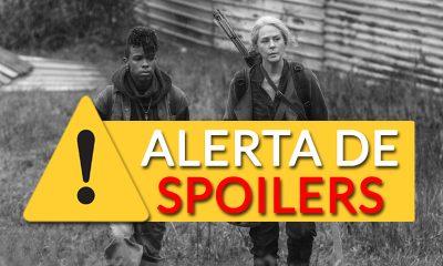 Kelly e Carol caminhando fora de Alexandria no episódio 3 da 11ª temporada de The Walking Dead.