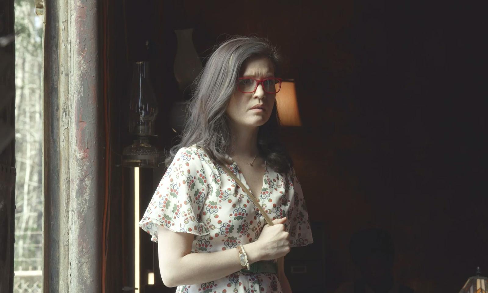 Mulher identificada como Stephanie no episódio 2 da 11ª temporada de The Walking Dead conhece Eugene
