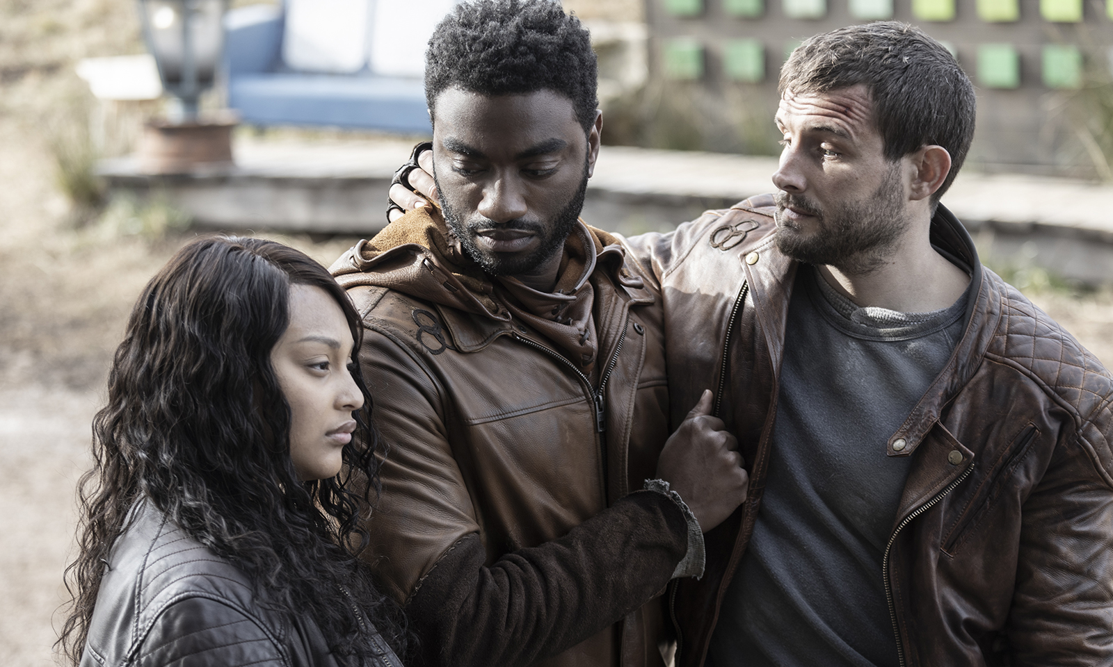 Iris, Will e Felix reunidos no primeiro episódio da 2ª temporada de TWD World Beyond.