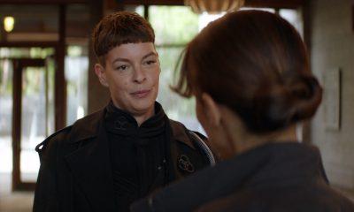 Jadis conversando com Huck no episódio 6 da 2ª temporada de The Walking Dead: World Beyond.